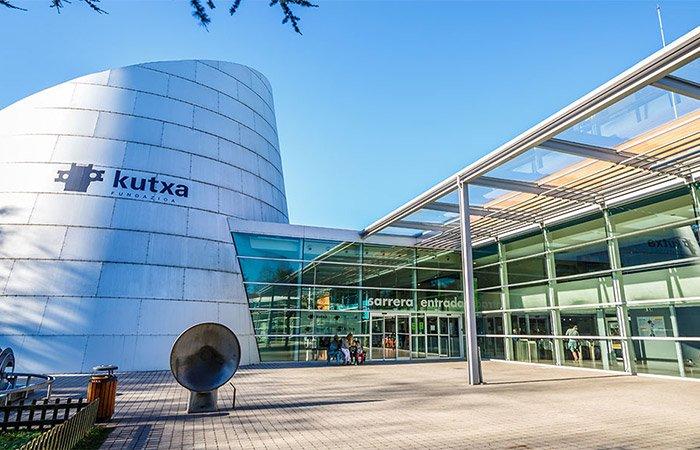 EUREKA ZIENTZIA MUSEORA ATERALDIA / VISITA AL MUSEO DE LA CIENCIA EUREKA